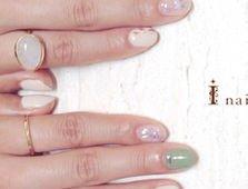 ネイルが映える、ほっそり、しなやかな指になりたい!指を太くする原因と対処法