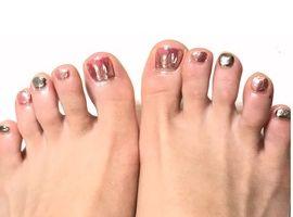 フットネイルをする前に!知っておきたい爪水虫の症状と対策