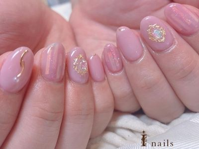 くすみピンクネイル