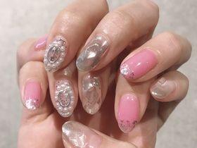 ピンクとパールネイル 【担当】浜田