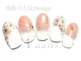 桜ビジューネイル
