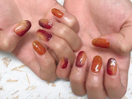 紅葉カラーネイルのサムネイル